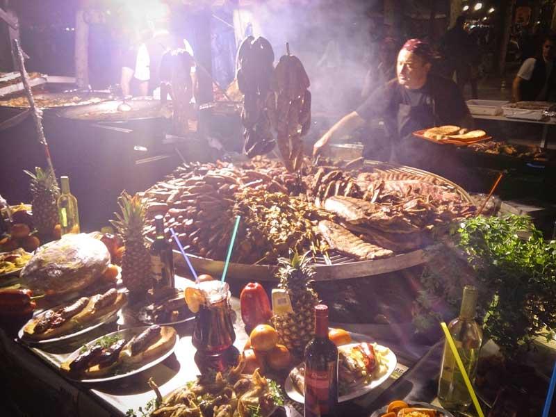 feria medieval, mas grande, madrid, alacala de henares, cervantes, lugares, semana cervantina, turismo, que hacer, españa, comida, costillas, cochinillo,