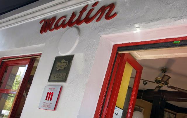 Fachada, Bar Martín