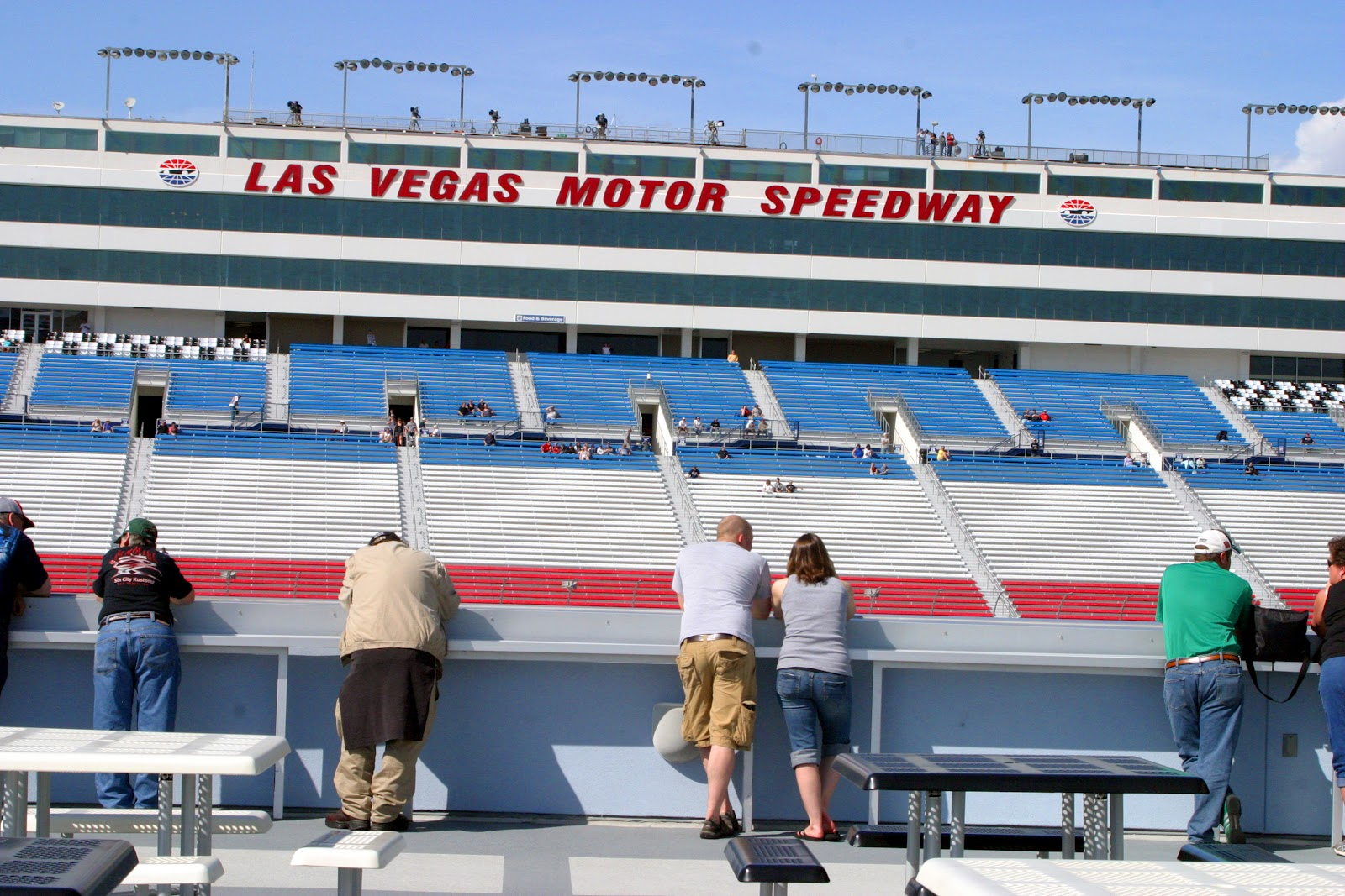 Dan And Eileen On The Go Nascar Las Vegas Motor Speedway