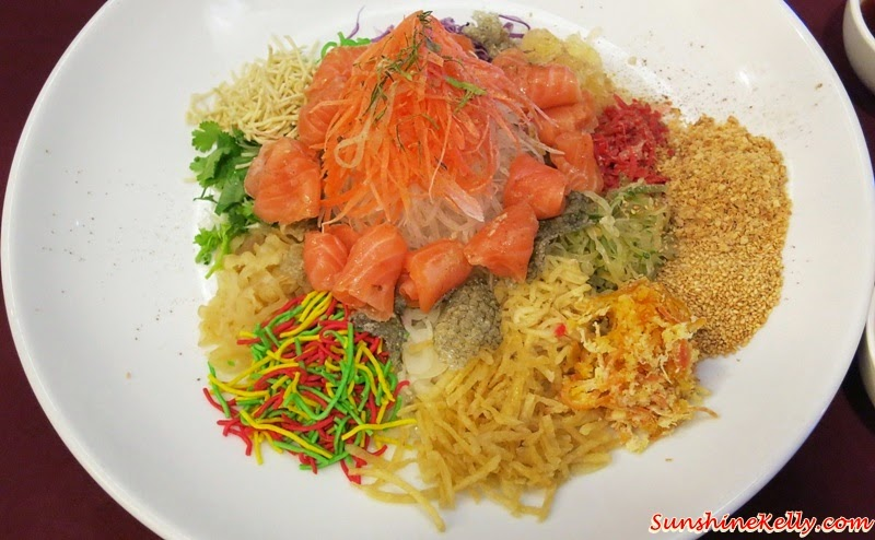 CNY 2015 Menu Review, Checkers Café, Dorsett Kuala Lumpur, Yee Sang, Salmon Pear Yee Sang, Salmon / Pear Yee Sang