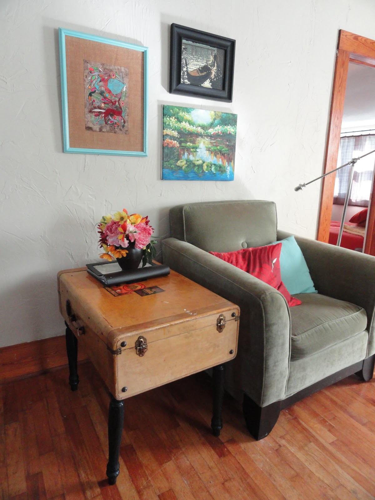 Nook & Cranny Recycled Suitcase Coffee Table