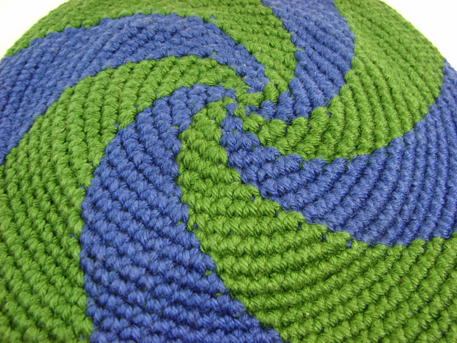 disc, frisbee, crochet, crocheted, toy, blue, green