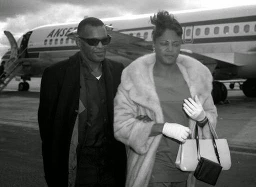 Ray Charles Wife PTA Blues: Musi...