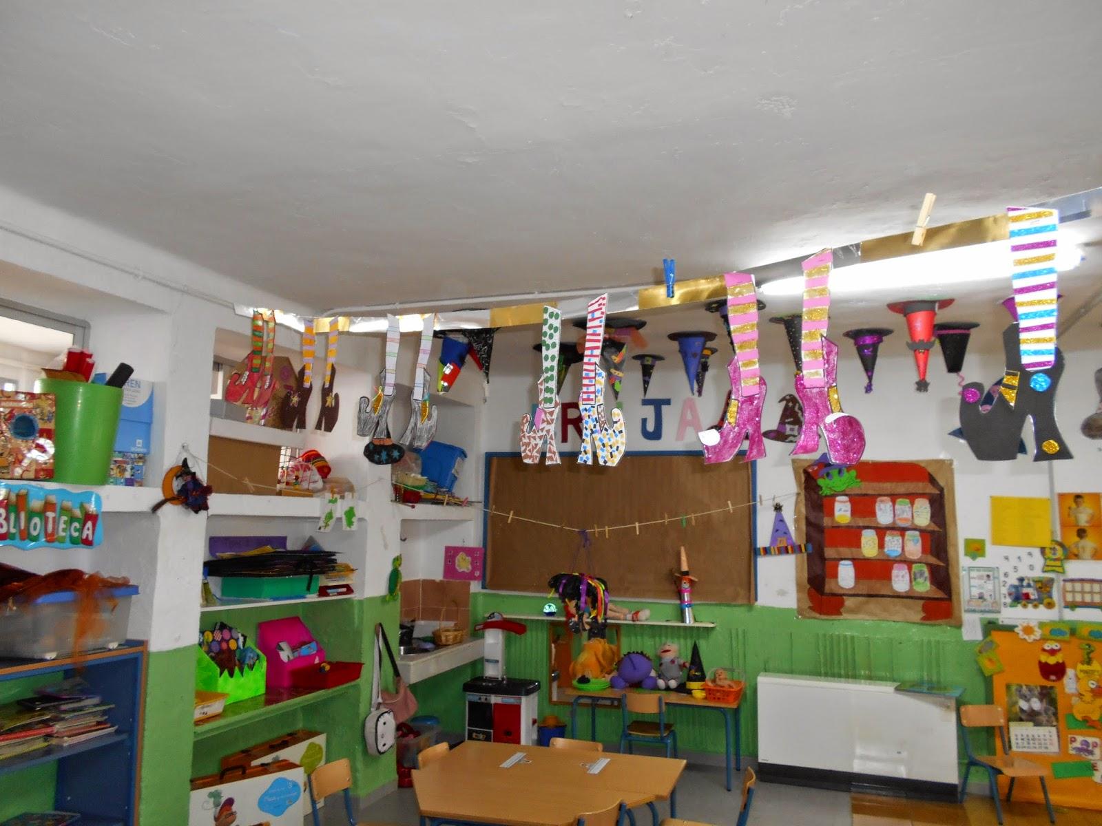 Imagenes infantiles para decorar salones de primer grado - Decorar pared de salon ...