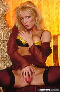 Hot Naked Girl - rs-002-729368.jpg
