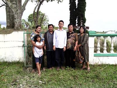 Kuburan Tanjung Bunga