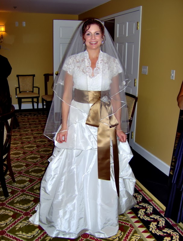Monique Lhuilier Wedding Gown