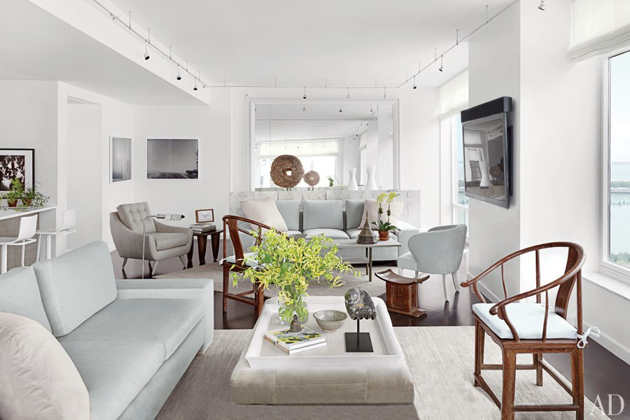 New home interior design a serene manhattan apartment by for Room design new york