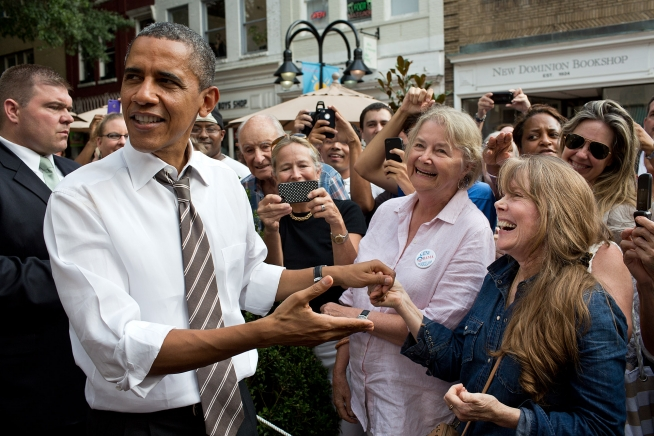 President Obama with actress Sissy Spacek in Charlottesville, Va., Aug. 29, 2012.  (Official White House Photo by Pete Souza)