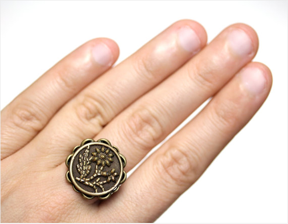 Antique Brass Flower Ring by ChatterBlossom #ring #antique #flower