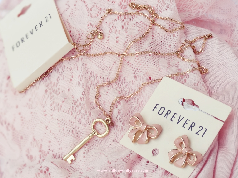 Indian vanity case forever 21 key necklace and bow earrings for Forever 21 jewelry earrings
