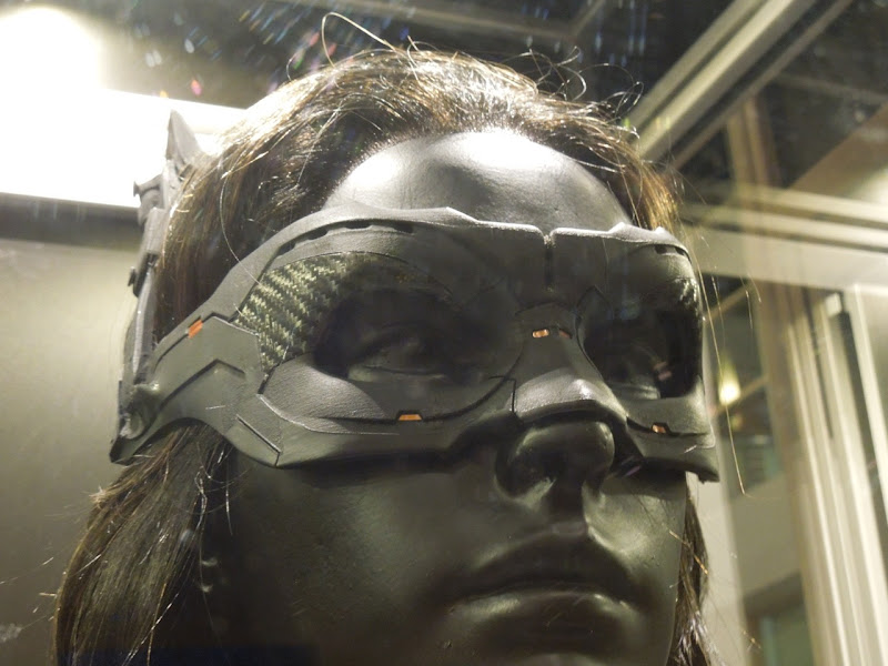 Anne Hathaway Catwoman mask