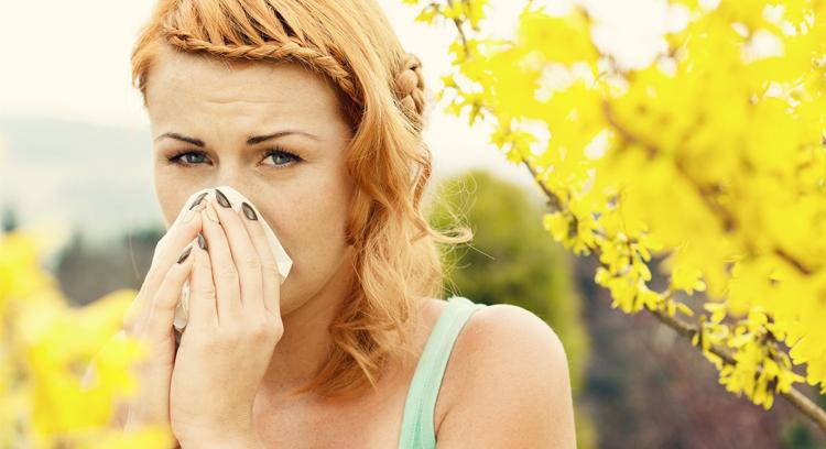 Jak poradzić sobie z alergią wiosenno-letnią?