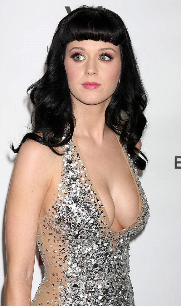 Katy Perry Erotic Nude Photos 28