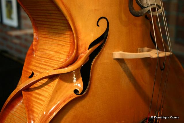 Moderne violoncelle de Gauthier Louppe