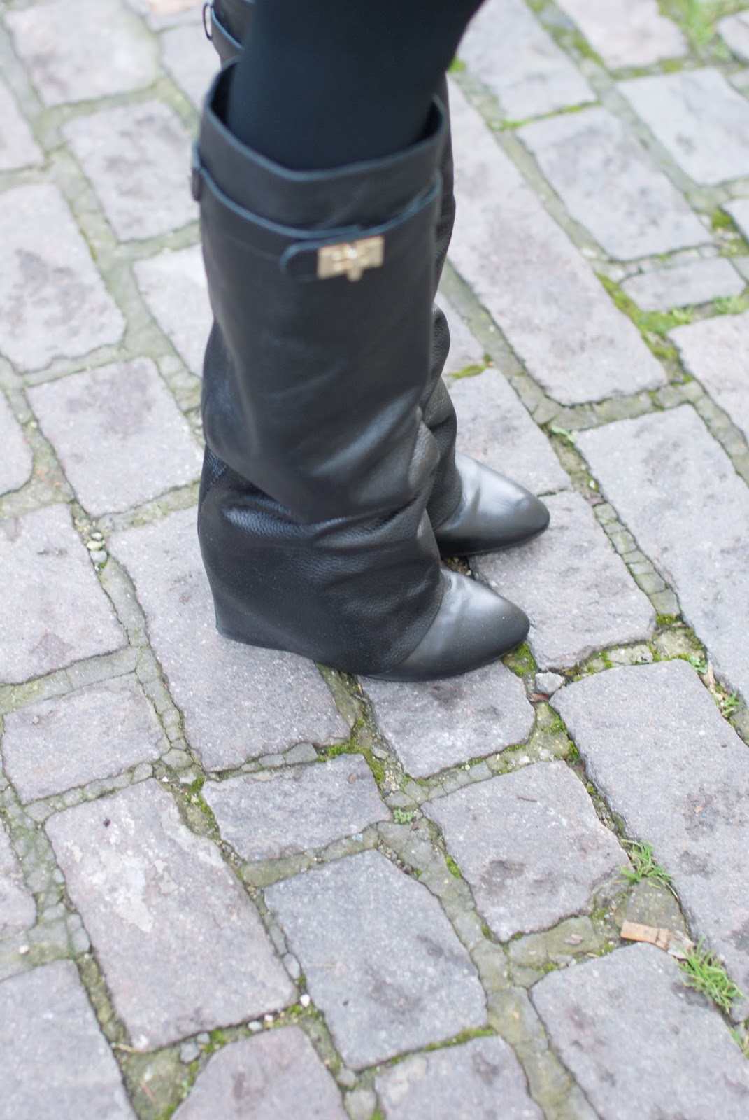givenchy lookalike boots, fold over boots, choies boots, Fashion and Cookies, fashion blogger