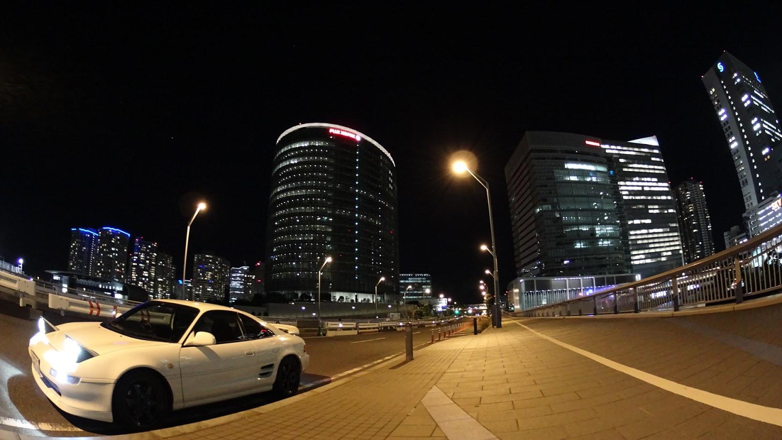 Toyota MR2 W20, fotografia nocą, ciekawe sportowe samochody, silnik umieszczony centralnie, zdjęcia