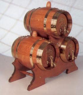 Juego de 3 barriles o toneles de 2 litros