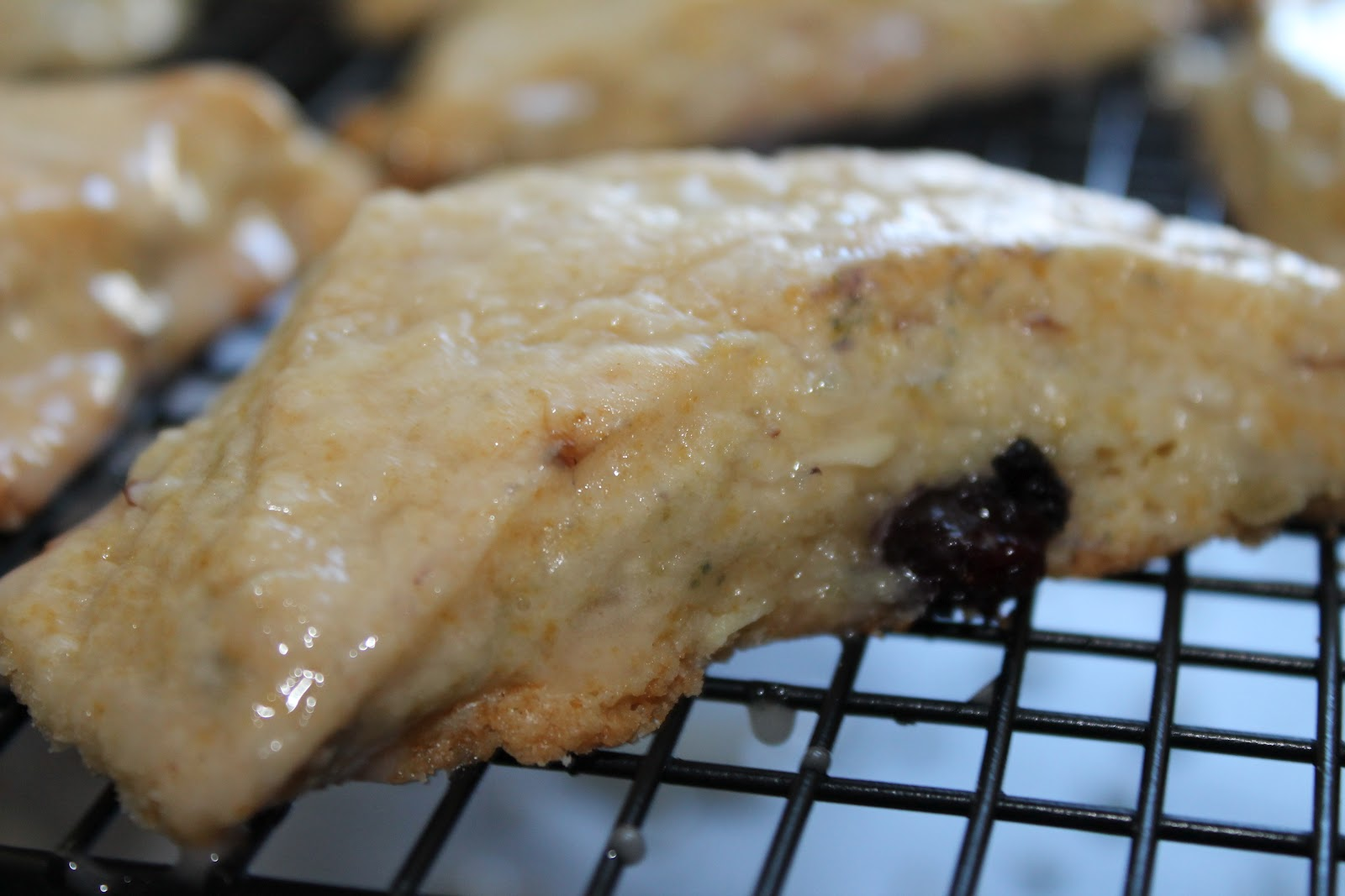 Life: In General: Blueberry Almond Scones
