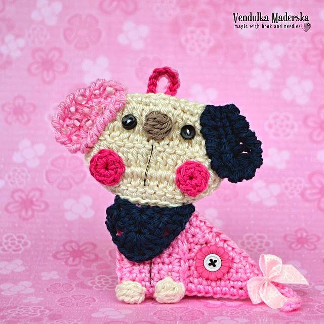 Crochet puppy pendant