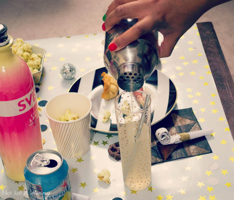5 Easy New Year's Eve Party Tips; create a signature drink