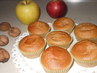 ... muffin alle noci alle due mele annurca e golden con il bimby ...
