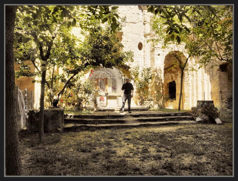 LA FRESNEDA-CONVENTO-MAESTRAZGO-ALTAR-CONVENTOS-TERUEL-ESPAÑA-EXCURSION-MONUMENTOS-PINTOR-ERNEST DESCALS