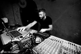 Studio skills for Daze aren't just limited to his own original work either, take his production mastery on Patrick Specke's smash '(G)oing (C)oncern (P)rinciple' release on Desolat in 2009 or his remixing and production collaborations with Hardfloor over the best part of the last two decades.