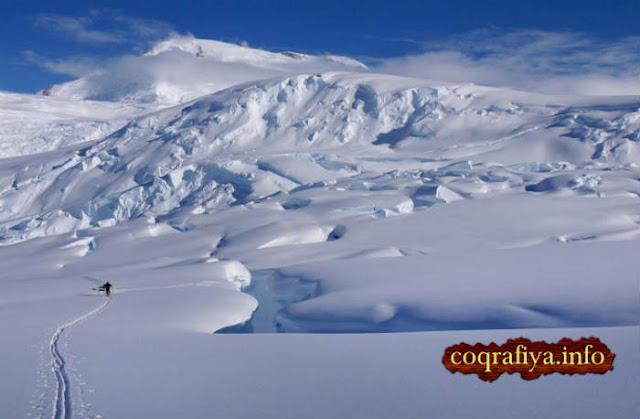 Antarktidaya Tək Başına Gedəcək Adam