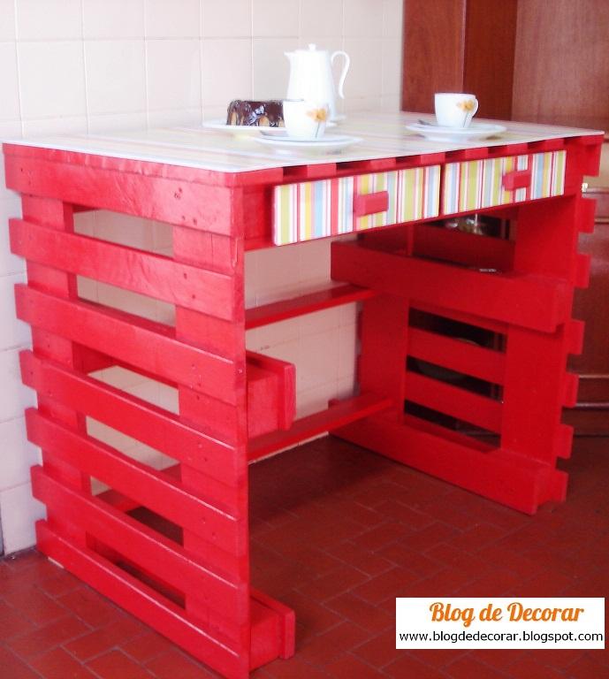 Blog de decorar e o passo a passo de como fazer a mesa for Mesa de pallet
