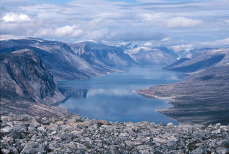 the province known as nunavut has supported a continuous population