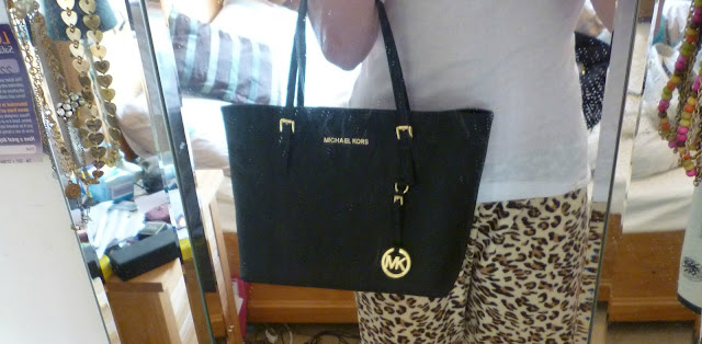 f6bb61c4d45f Buy michael kors jet set tote review   OFF67% Discounted