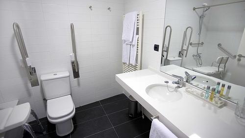 Baño Handicap Medidas:Para que puedan ser usadascon seguridad por niños, ancianos personas