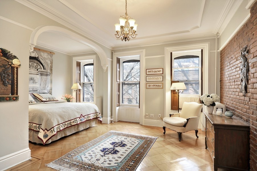 Old world gothic and victorian interior design march 2012 for New york brownstone interior design
