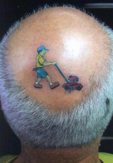 Tatuaje de humor pelado
