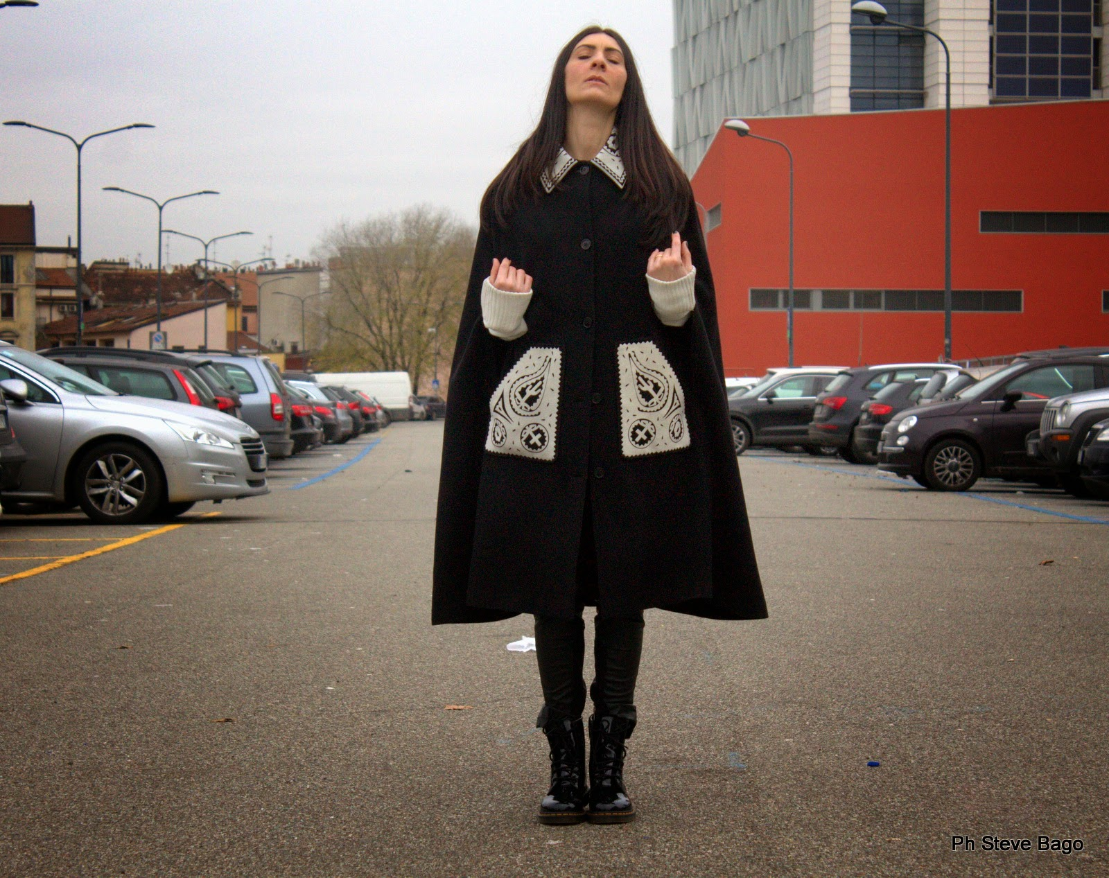 themorasmoothie, fashion, fashionblog, fashionblogger, ivanahelsinki, capa, dr martens, ivana helsinki, fashion, outfit, ootd, look, themorasmoothieoutfit, lookoftheday, outfittheday, shopping, shopping on line, moda, mode, blogger, italianblogger, italianfashionblogger, girl, me, model