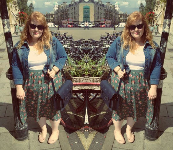 fashion and beauty blog, plus size fashion blog, plus size fashion, cath kidston skirt, oxford, street fashion, joe browns, kitsch fashion, navy cambridge satchel