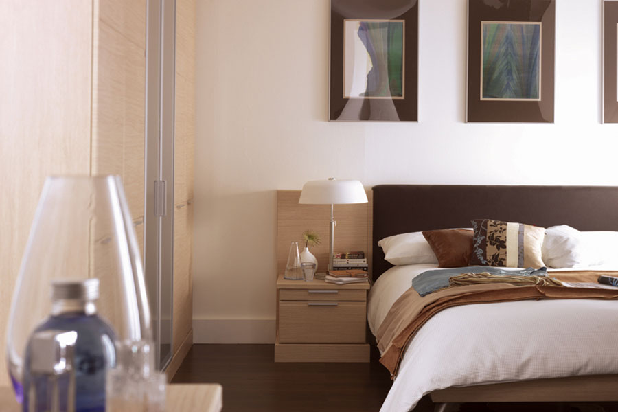 Dormitorios decorados en colores tierra dormitorios con for Colores para dormitorios de matrimonio
