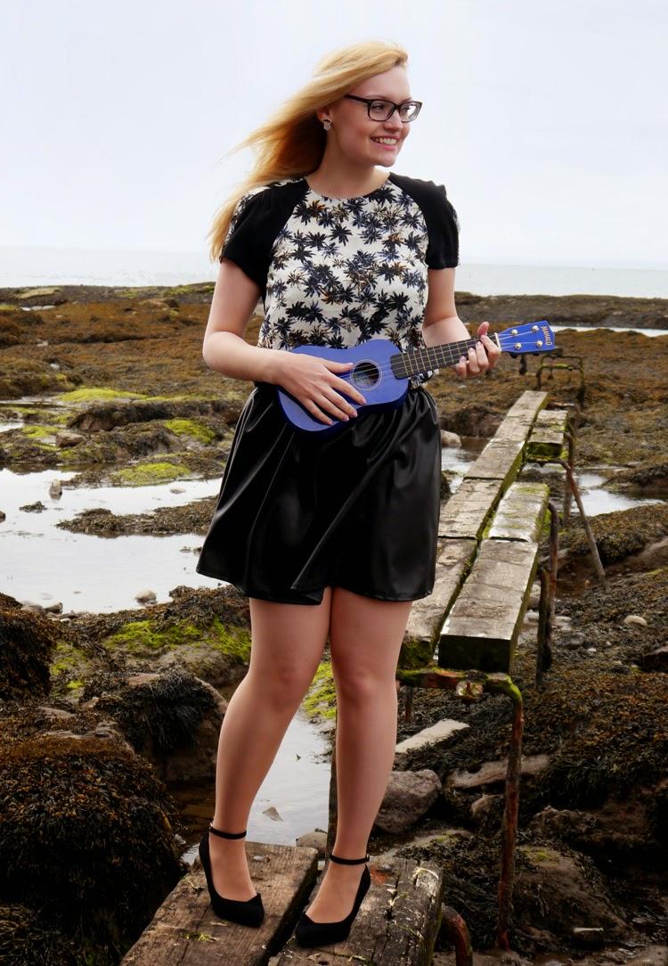 hawaii, Scotland, Arbroath, palm trees, ukelele, beach, fashion shoot, incredible backdrop, photoshoot, guitar, girl, pretty, Scottish model