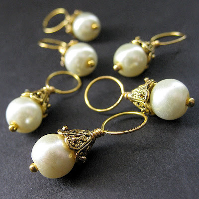 Pearl Stitch Markers in Cream and Gold
