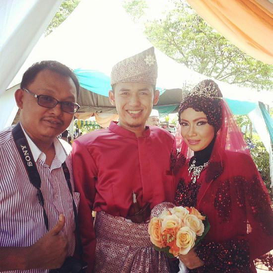 Hadiri perkahwinan blogger Dkna
