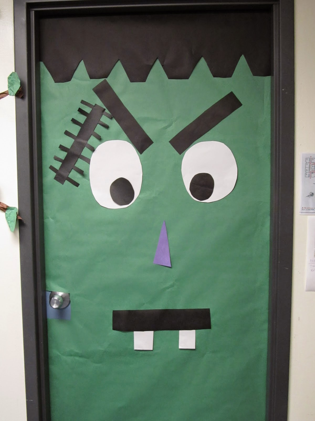 ideas para decorar las puertas en halloween
