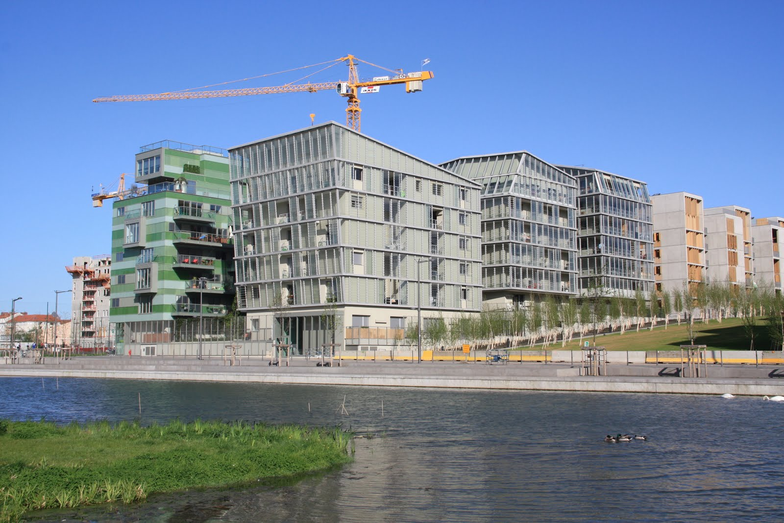 Internationale Utopiste Le Quartier De La Confluence