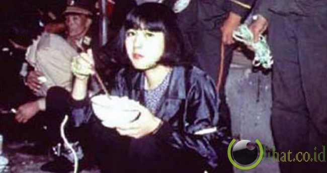 Tao Jing saat terakhir hidupnya dan menyantap makanannya