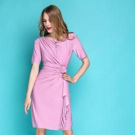 New 2017 Short Sleeve Soft Pink Side Floral Crochet Dress