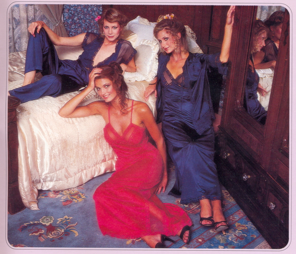 http://4.bp.blogspot.com/-chu2W4q79mY/T5QdRQZ97pI/AAAAAAAA1eg/G4dqCvF6K5U/s1600/Victoria+Secret+Catalogue+1979+051.jpg