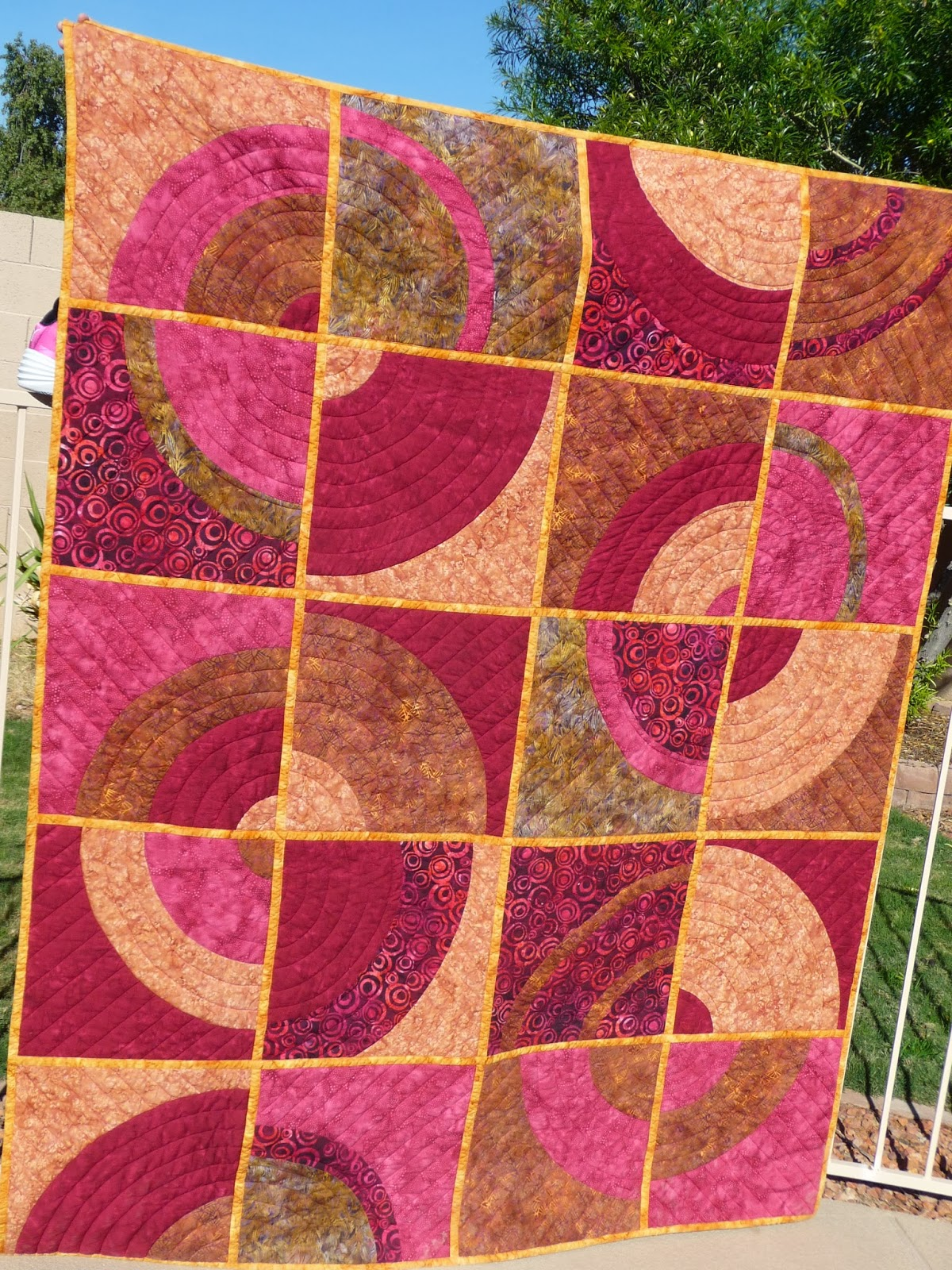 http://quiltparadigm.blogspot.com/2014/01/my-favorite-to-date-qayg.html