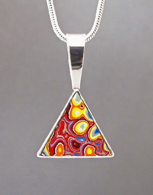 17-Cindy-Dempsey-Motor-Agate-Fordite-Paint-Jewellery-www-designstack-co