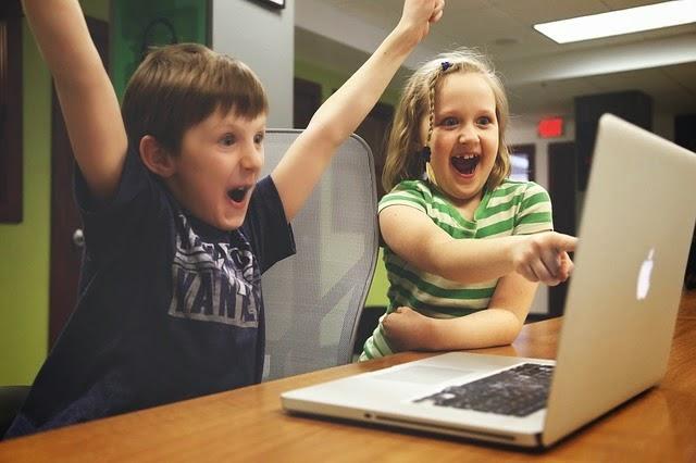 Ada 8 Manfaat Bermain Game untuk Kecerdasan Anak