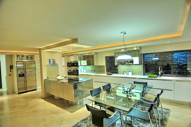 Picture of modern dining table in the kitchen